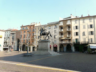 Piazza Mazzini in Casale Monferrato, which is named after the revolutionary hero Giuseppe Mazzini