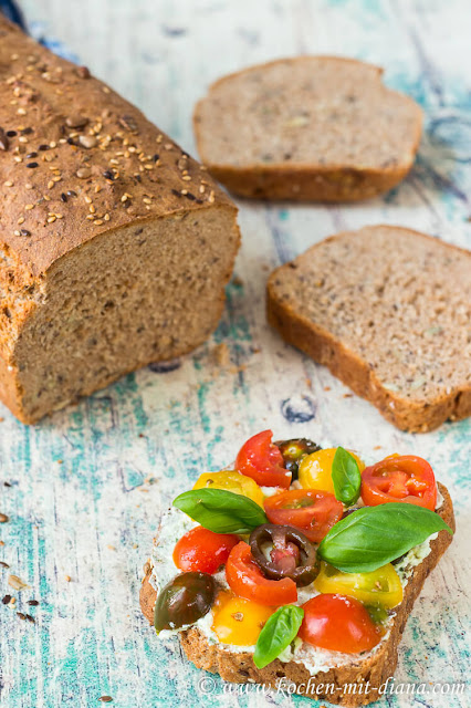 Fast spelt bread with grains