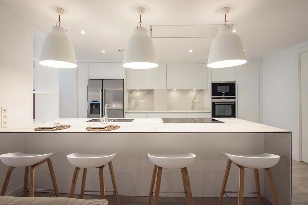 Cocina alargada con office finest cocina alargada con office with cocina alargada con office - Cocinas con office fotos ...