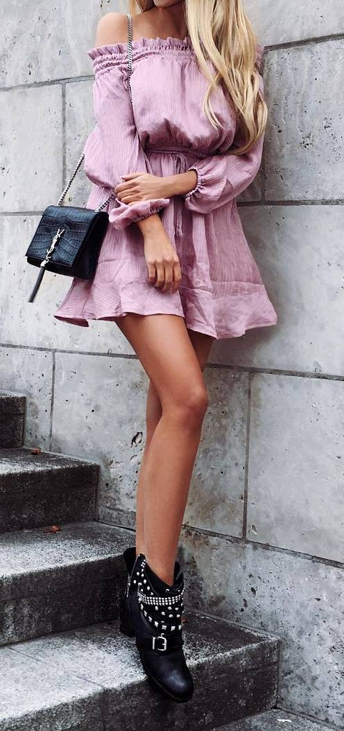 cool outfit idea: bag + dress + boots