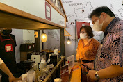 Lakukan Kunjungan ke Lokasi Usaha, Menko Airlangga Apresiasi Alumni Kartu Prakerja