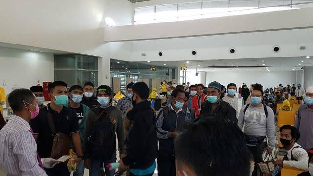 Pandemi Corona, 100 Ribu Pekerja Migran RI Pulang dari Luar Negeri
