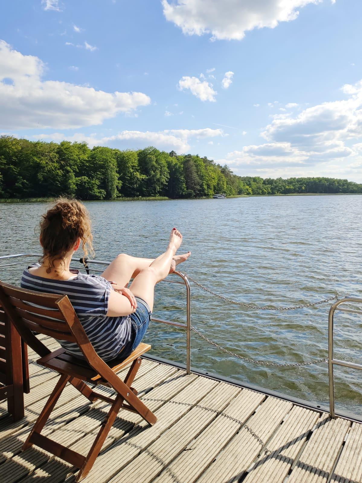 Entspannter Urlaub auf dem Hausboot