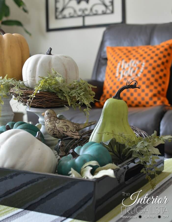 Farmhouse Fall Pumpkins
