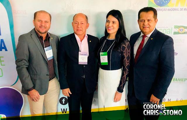 Deputado Coronel Chrisostomo participou do Fórum Municipalista da AROM em Cacoal