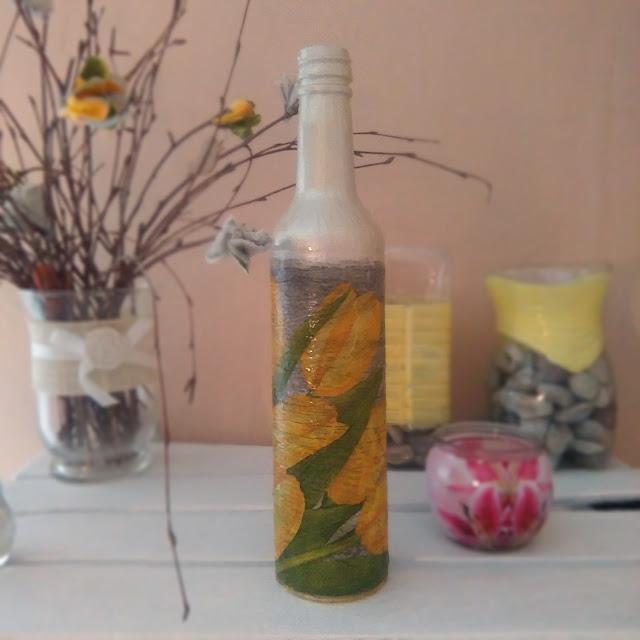 wazon z butelki diy, diy, tutorial, zrob to sam,jak zrobic wazon z butelki szklanej, metamorfoza butelki,