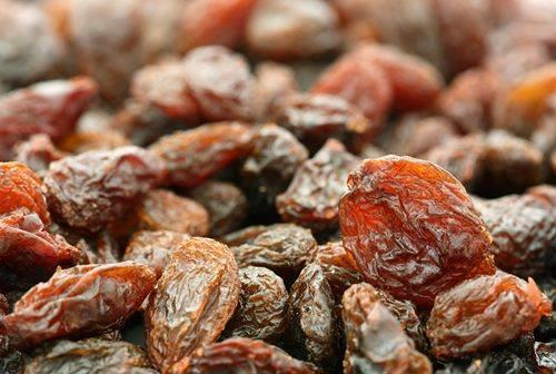 Món ăn tốt cho mẹ bầu: Hạt sen hầm nho khô