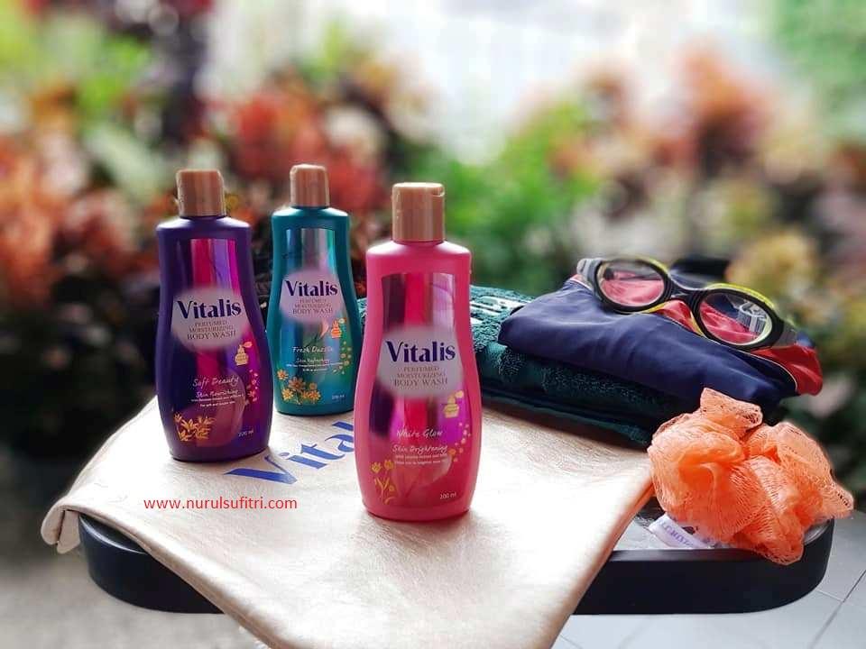 tips manfaat menikmati sensasi mandi parfum vitalis perfumed moisturizing body wash saat traveling review sabun cair nurul sufitri lifestyle blogger