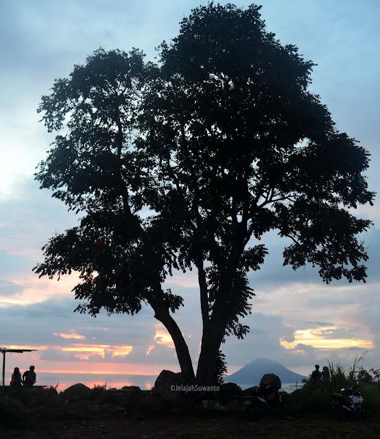 Senja di tahura Gunung Tumpa H.V Worang ©JelajahSuwanto