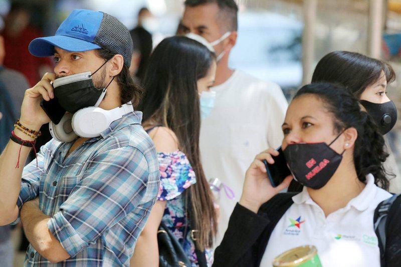Estudios demuestran el peligro de usar mascarilla sin taparse la nariz