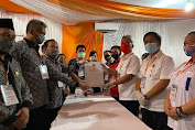 FDW-PYR Jadi Pendaftar Pertama di KPU Minsel