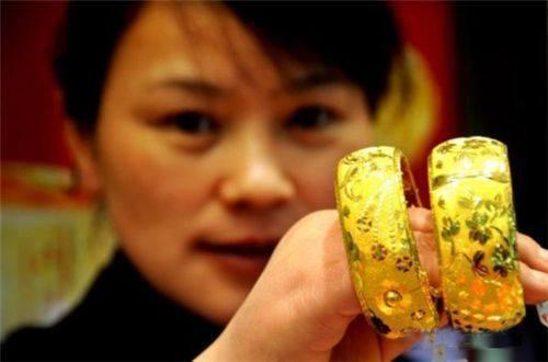 10 nước sản xuất vàng nhiều nhất thế giới
