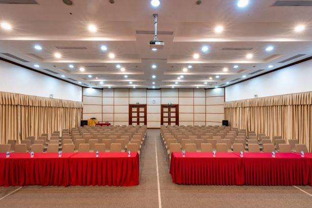 Phòng Kỷ Nguyên - Bất động sản Tuấn 123 tổ chức tổng kết năm 2019 tại Hội trường Vplace