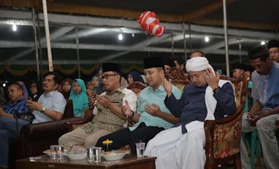 Ridho Ficardo Peringati Malam Nuzulul Qur'an Bersama Warga Desa Rajabasa Lama