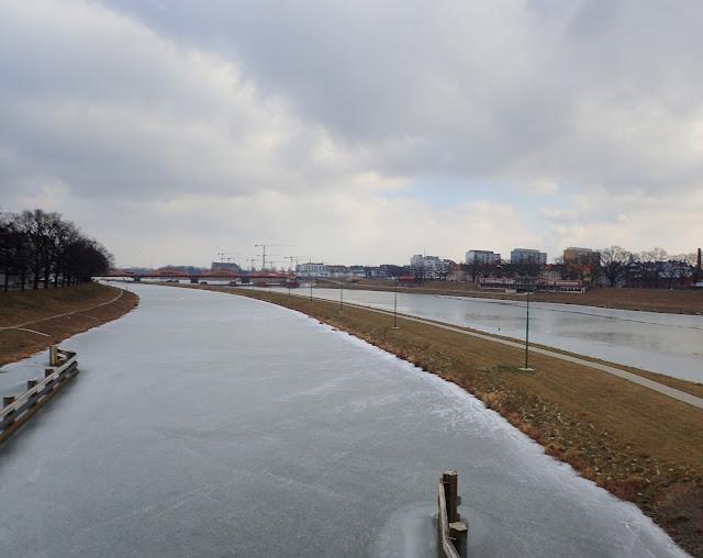 Pomiędzy jesienią i zimą (Wrocław - Mosty Osobowickie)