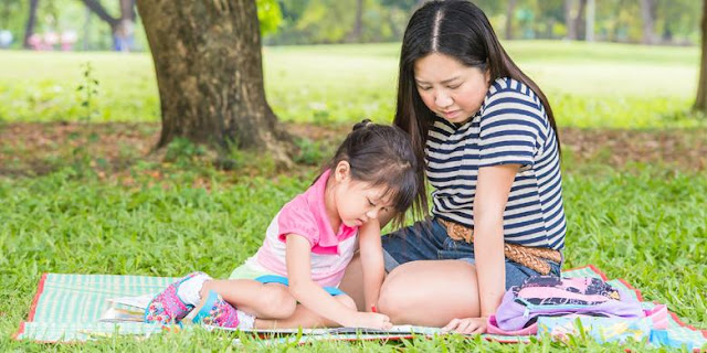 Menstimulasi Minat Eksplorasi Anak Dengan Permainan yang Mendidik