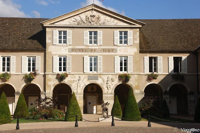 Il bell'edificio che ospita il Municipio di Beaune