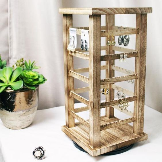 Wooden Rotating Earring Display Rack, Oak