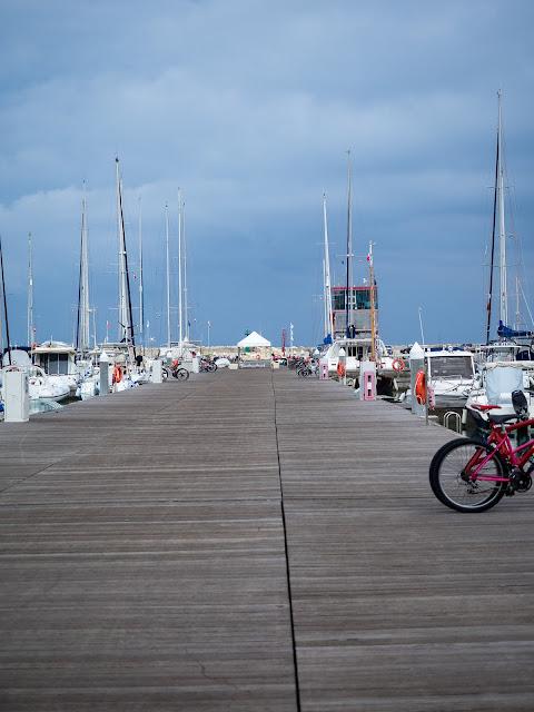 Marina di Ragusa, Porto Turistico - pontile di accesso ©Valeriaderiso