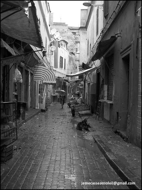 Médina de Casablanca sous la pluie