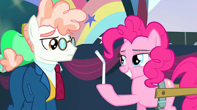 Pinkie Pie explains straws to Svengallop
