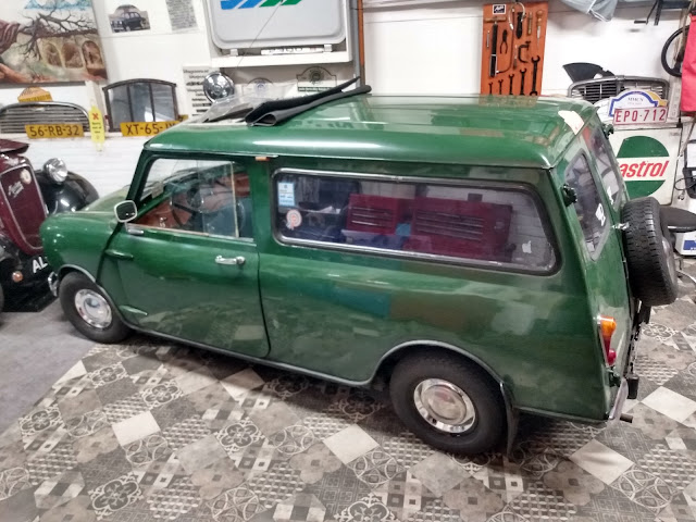 Mini Van wheel trims