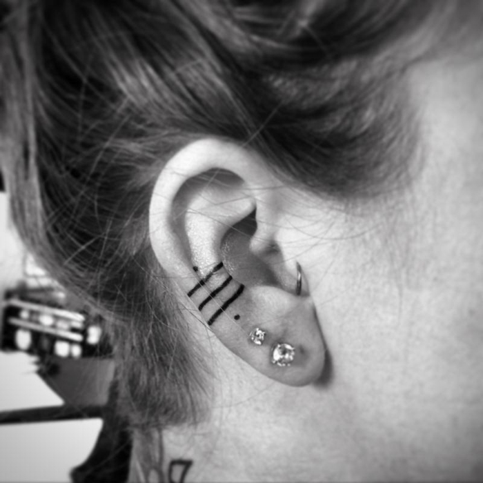 oreille-tatouage féminin-5