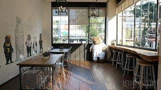 Tempat Nongkrong Roaster and Bear Cafe