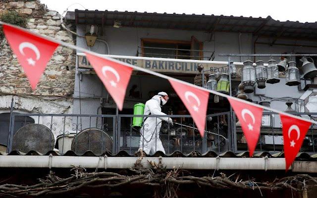 Στους 649 οι νεκροί στην Τουρκία