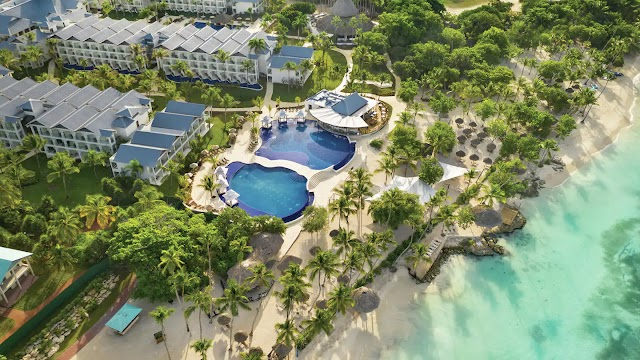 Hilton All-Inclusive Resorts To Use Your Amex Hilton Card Free Weekend Night Reward Certificate [2021]