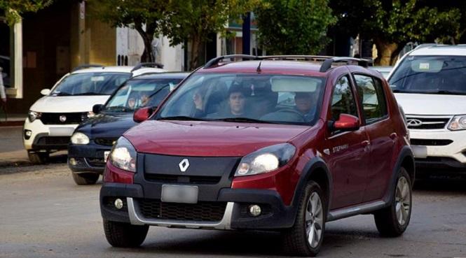 Media sanción a la reducción de multas por no usar las luces bajas en la circulación