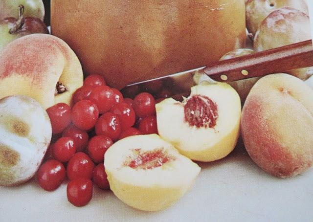 Inlagd frukt i alkohol