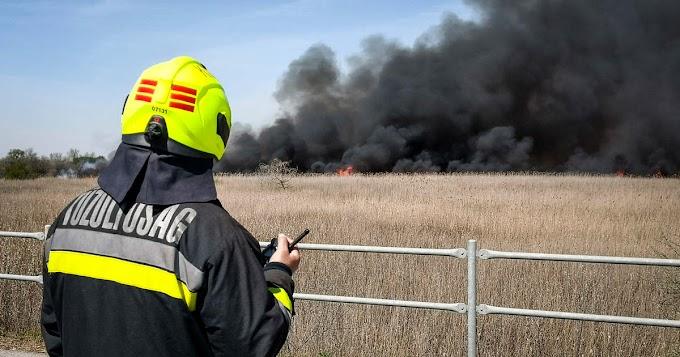 Szegeden négy tűzesethez, Balástya és Szatymaz közelében balesethez vonultak a tűzoltók