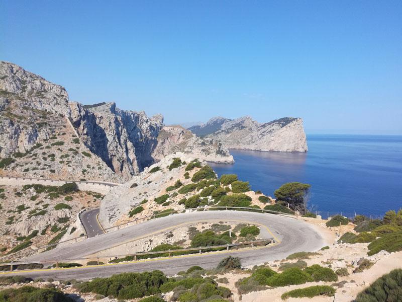 La strada per e da Cap de Formentor