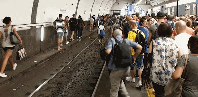 Ferrovia Roma Nord, i pendolari alzano la voce e scendono in piazza