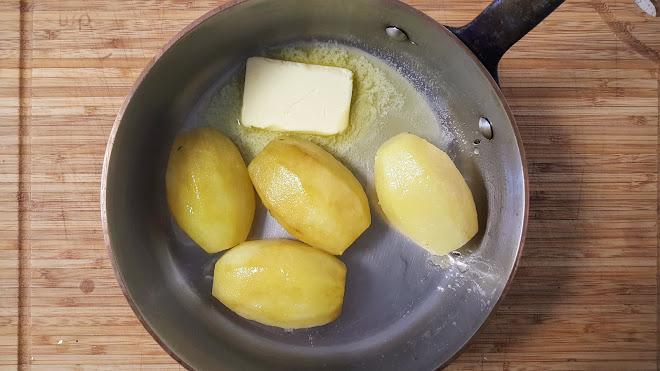 Lier au beurre.