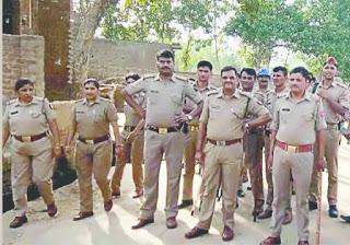 पुलिस को धोखा देकर फरार हुआ अपहरण और बलात्कार का आरोपी