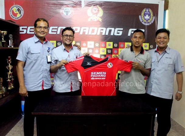 RESMI: Semen Padang FC Kontrak Syamsul Bahri