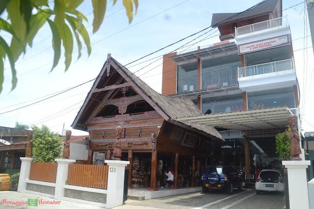 pusat ulos dan aneka kerajinan di Medan