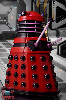 Custom TV21 Red Dalek Leader 02