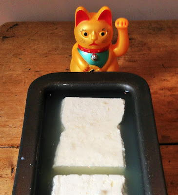 la laiterie de paris, recette feta, faire de la feta, fromage maison, fromage paris, blog fromage, site fromage, blog fromage maison, tour du monde fromage