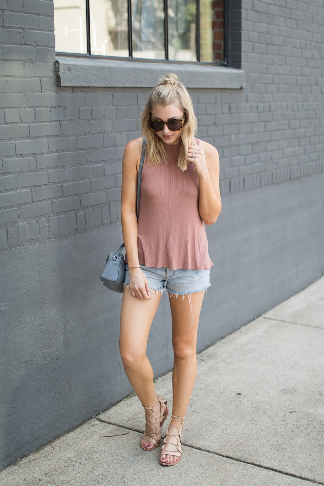 High-neck tank + cutoffs