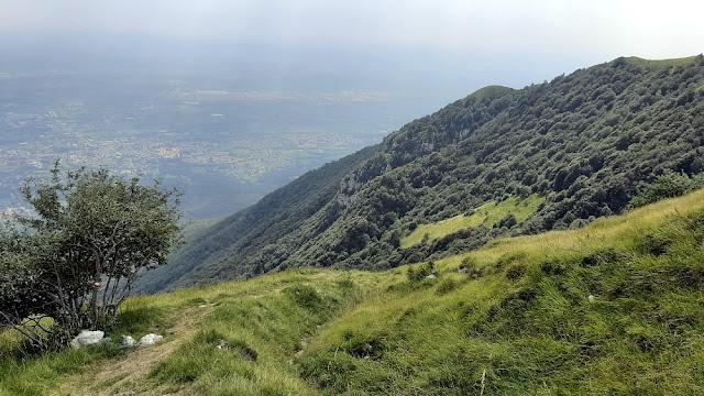 Passeggiata Delle Malghe Al Piancavallo: Dove Le Malghe Non Ci Sono