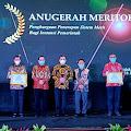 Komit dengan Birokrasi Efektif Dan Efisien, Riza Falepi Raih Anugerah Meritokrasi dari KASN RI