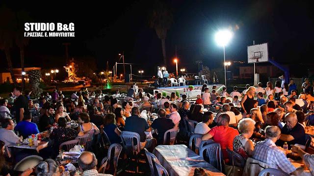 Ναύπλιο: Μουσικοχορευτική εκδήλωση από τον Πολιτιστικό Σύλλογο Πυργιωτίκων (βίντεο)