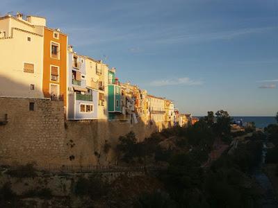 villajoyosa casas de colores