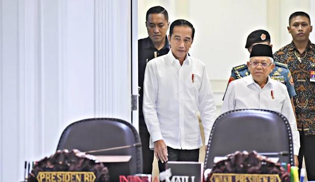Pak Jokowi, Segera Bangunkan Kiai Maruf, Jangan Berantem!
