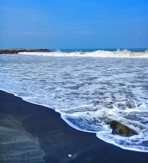Ombak pantai