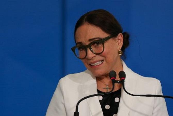 """""""Acho que ele está me dispensando"""", diz Regina Duarte sobre Bolsonaro - Portal Spy Noticias Juazeiro Petrolina"""