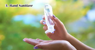 Hand Sanitizer harus disiapkan jika ingin traveling selama pandemi dan new normal